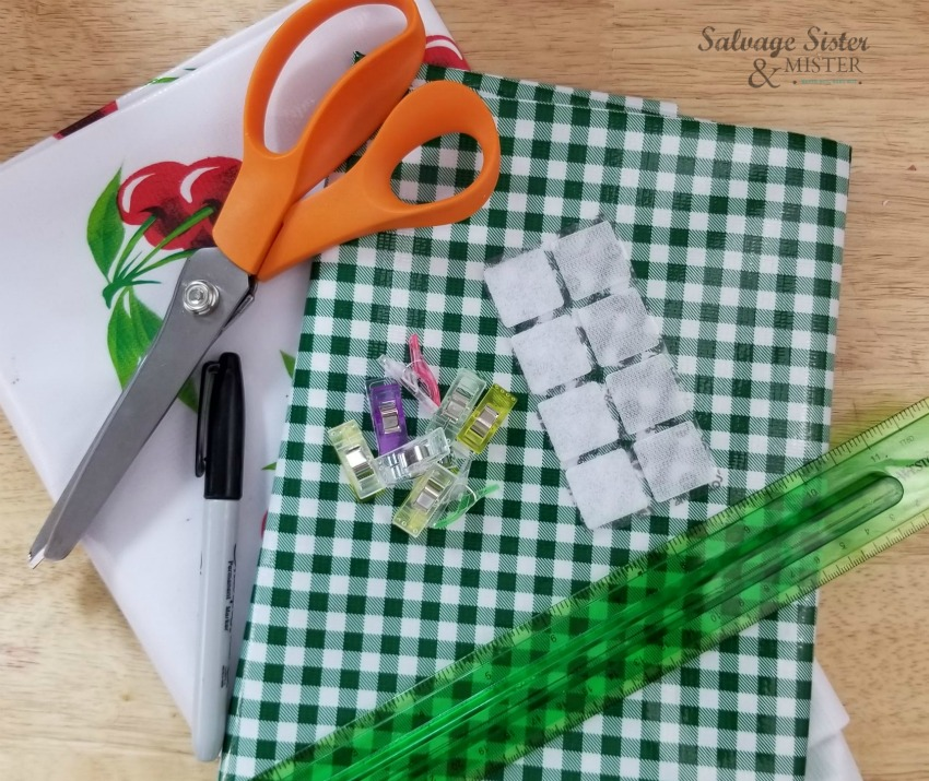 reusable lunch bag supplies on salvagesisterandmister.com