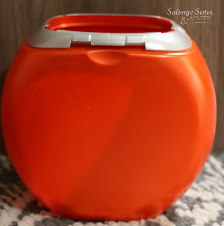 an upcycle project to reuse tide pod container on salvagesisterandmister.com