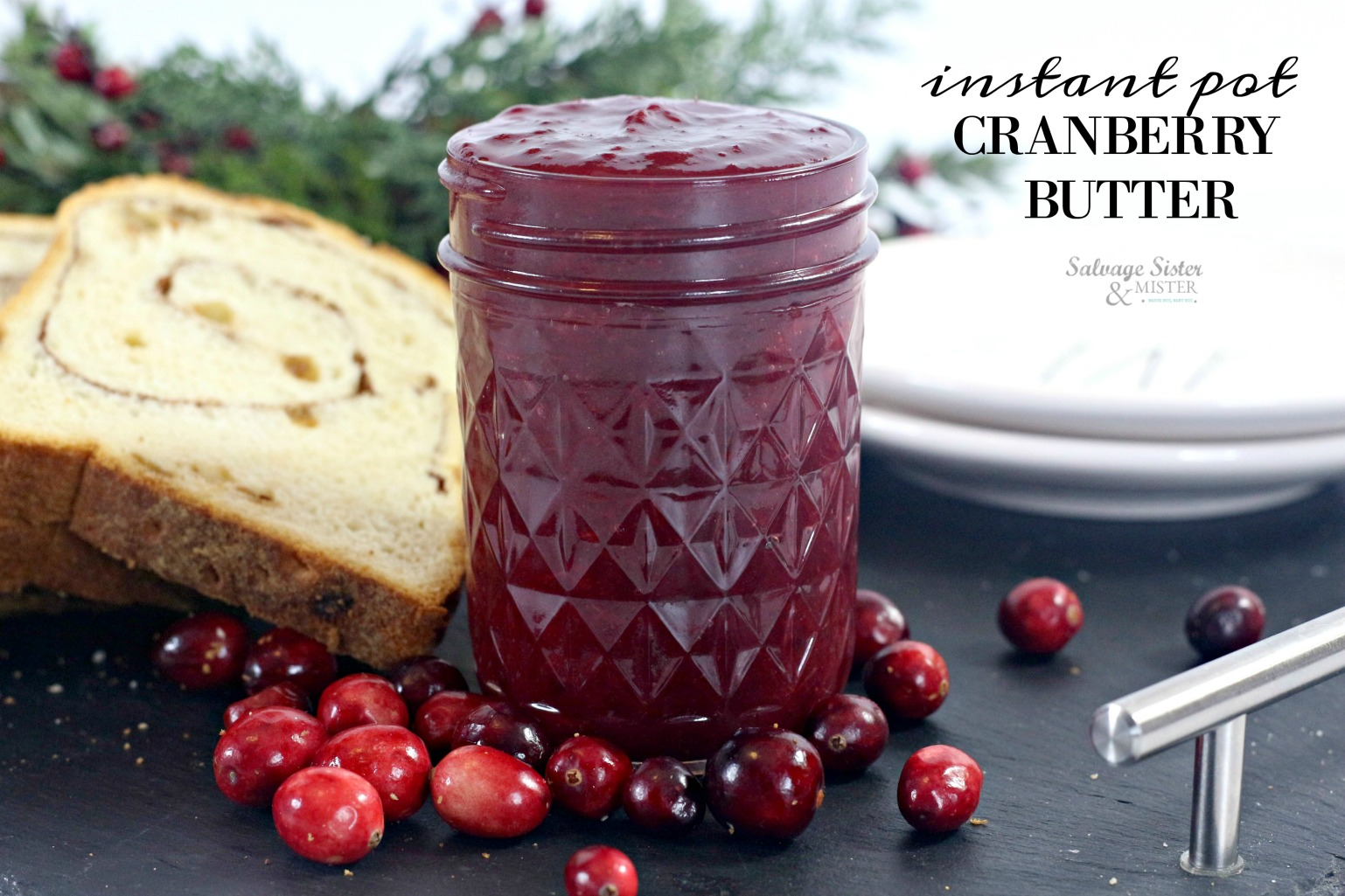Recipe - instant Pot Cranberry butter. Great for Christmas morning, to give a a gift, breakfast, or thanksgiving table. Find on salvagesisterandmister.com