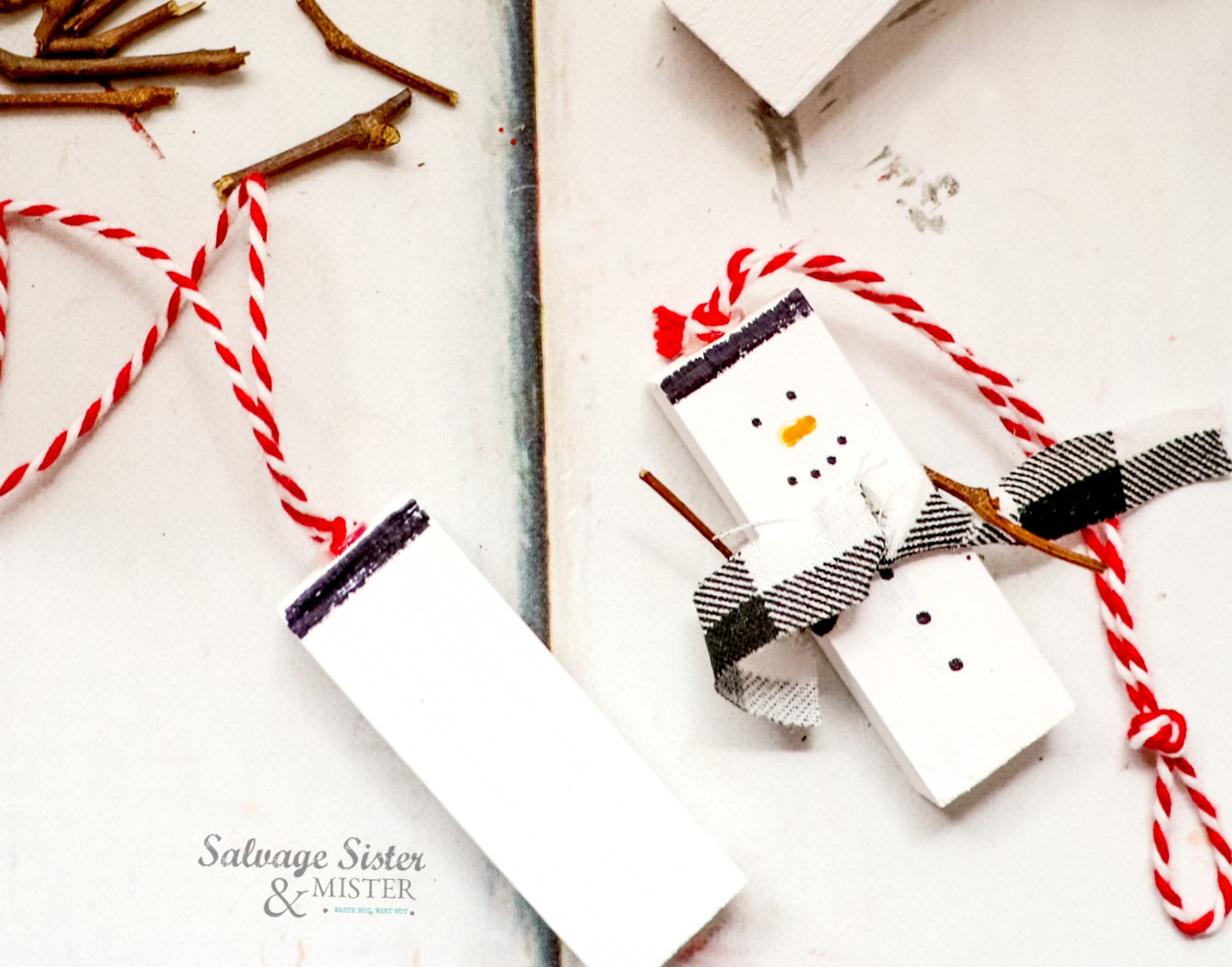 cute snowman craft - repurpose on salvagesisterandmister.com
