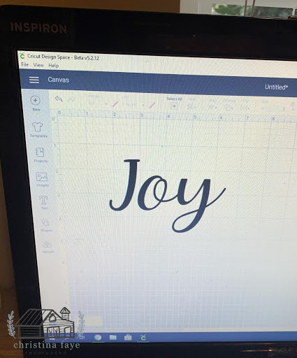cricut Christmas craft project on salvagesisterandmister.com