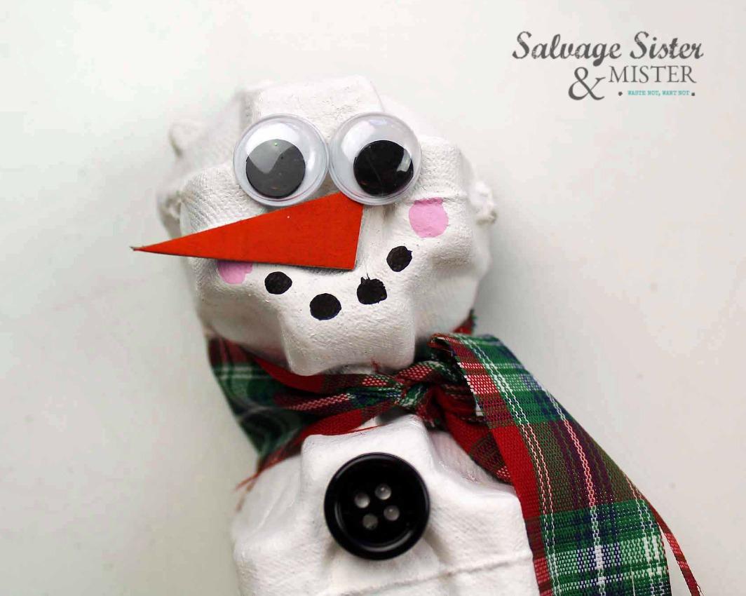 upcycling kids craft - egg carton snowman ornament on salvagesisterandmister.com