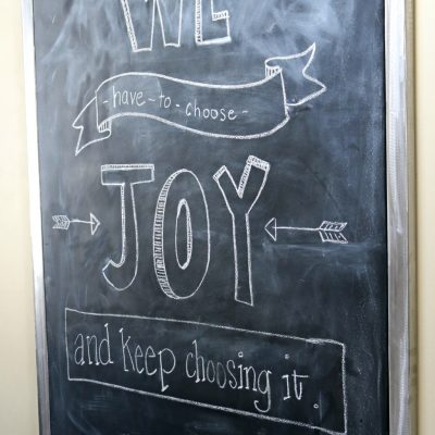 Turning a ReStore find into a DIY magnetic chalkboard. Thrift store transformation