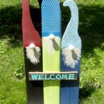 Finished welcome gnome sign made from wood scraps