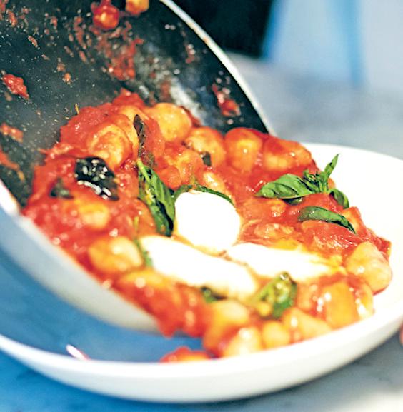 Gnocchi with Tomato & Mozzarella cheese Recipe