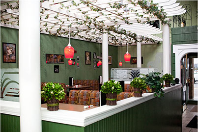 Fine dining feel with large booths