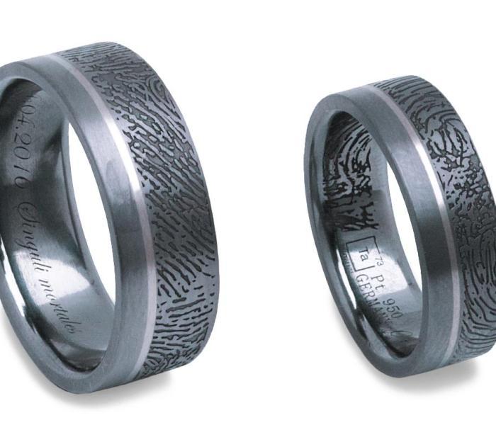 Der Salzburger Juwelierwaren KREMO kreativ modern Juwelier Salzburg Tantal Ringe Tantalum Trauringe sind einfach etwas Besonderes… Fingerpring klein
