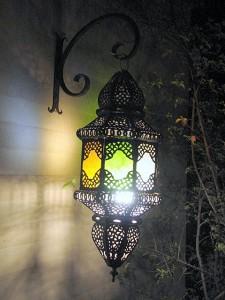 Ryad Zouina, une lampe dans la nuit
