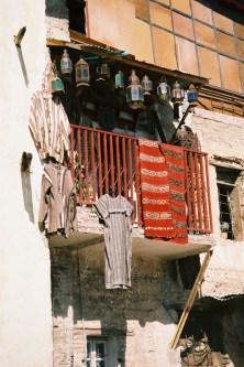 ma2002-09-fes-souks-tanneurs