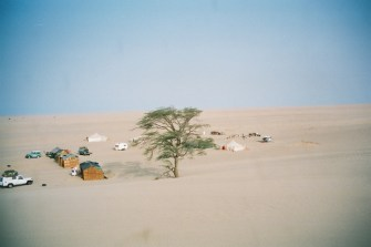 mr2002-10-desert-campement
