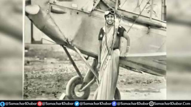 India first female pilot flew plane wearing sari