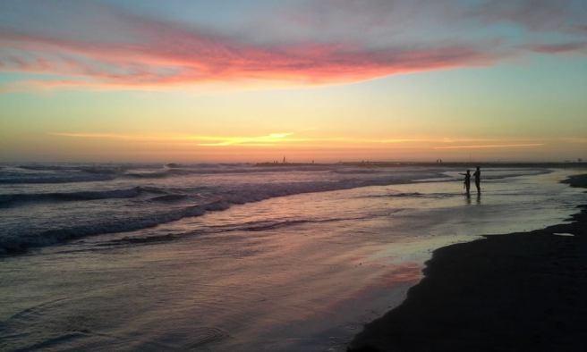 Otra caminata en Playa de Oceanside en Oceanside, California 2015 -11896024_873936922699631_1861210346706372372_n