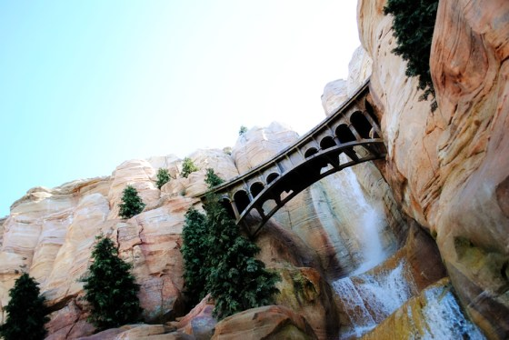 california-adventure-radiator-springs-racers-bridge