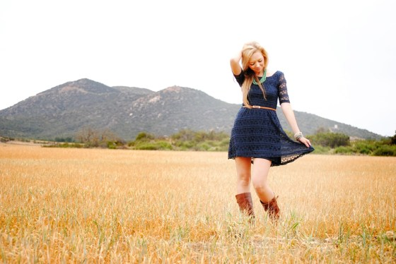 kristie-csusm-senior-portraits-menifee-fields_0801
