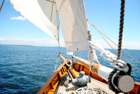 maine-summer-camden-sailboat_0216