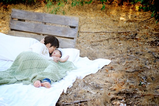 rachel-amelia-menifee-baby-photography-outdoor-bed-in-trees_0245