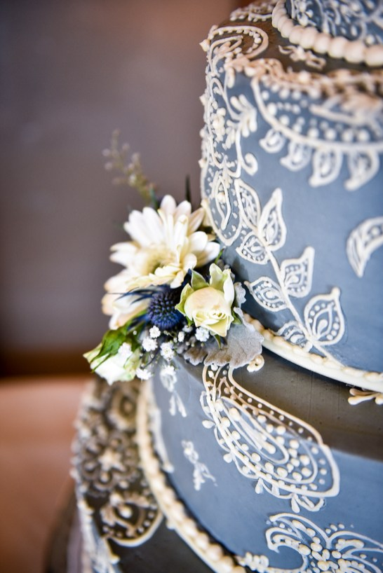 Heather Elise Photography crossings at carlsbad lace paisley cake 2