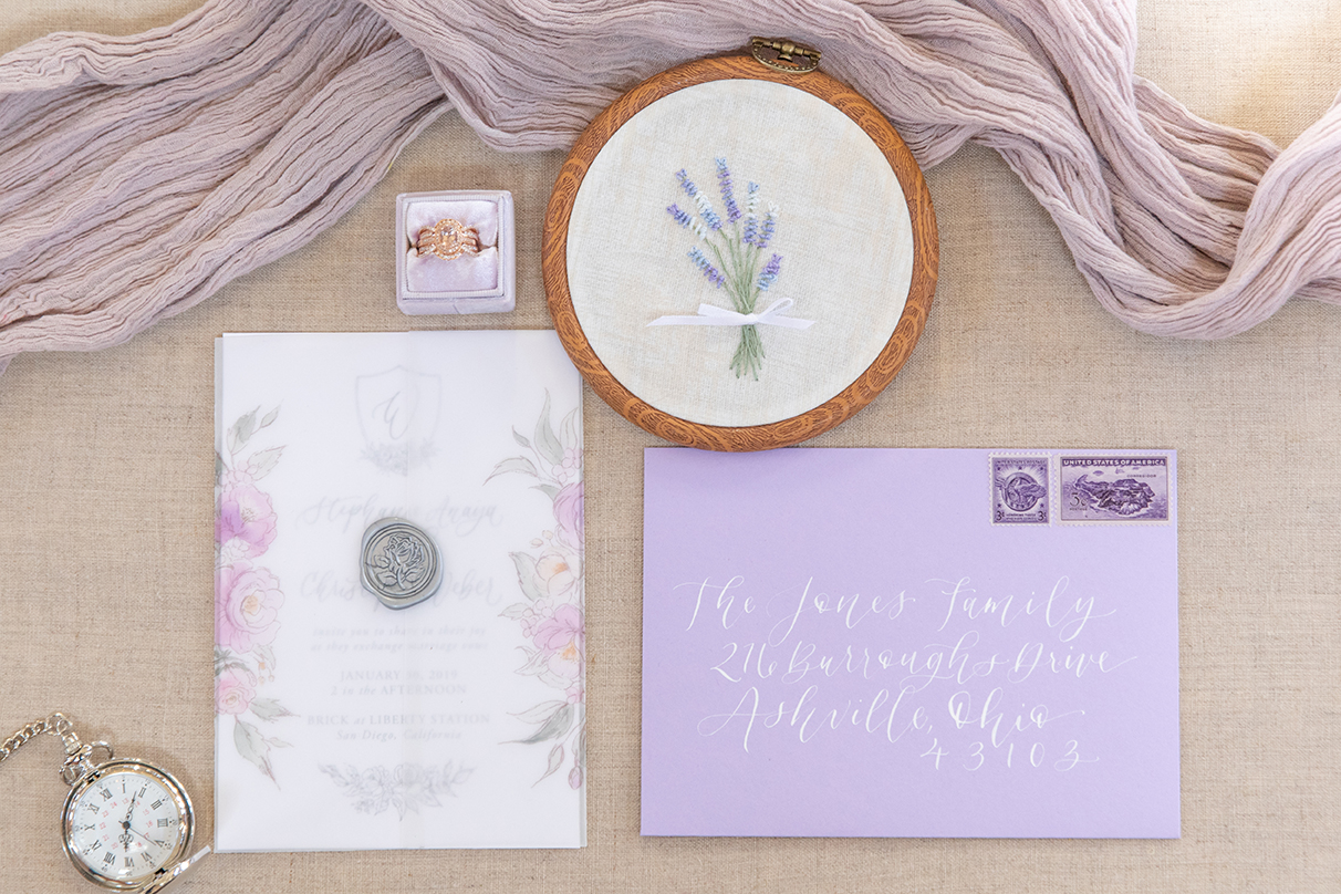 invitation-lavender-and-floral-vellum-wrapped-wedding-invitation-StormyPetersonPhotos-0113
