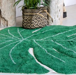 Monstera Leaf Area Rug - Uncommon Goods (2)