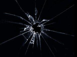 shattered_glass_by_v4vodka