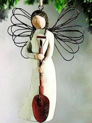 Angel of Garden Ornament by Willow Tree