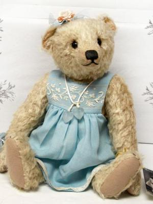 Elsbeth by Balu Bears