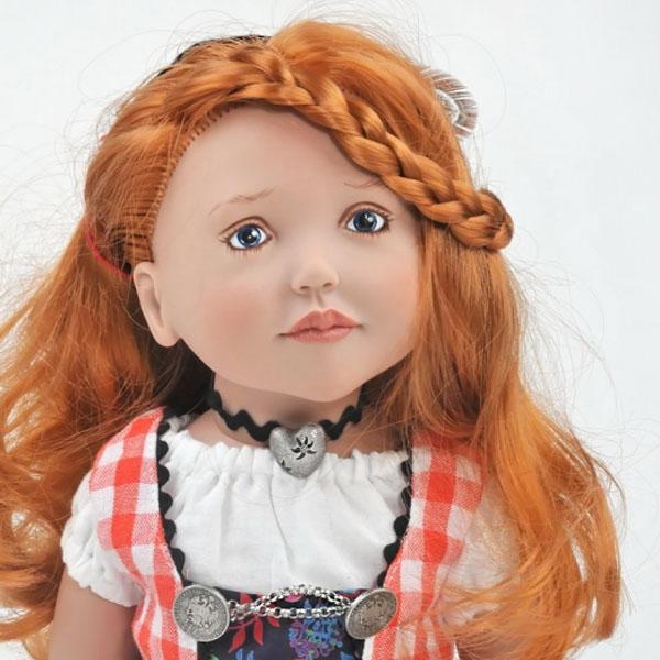 Agnes, Junior Doll