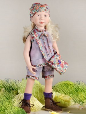 Sussy, Junior Doll