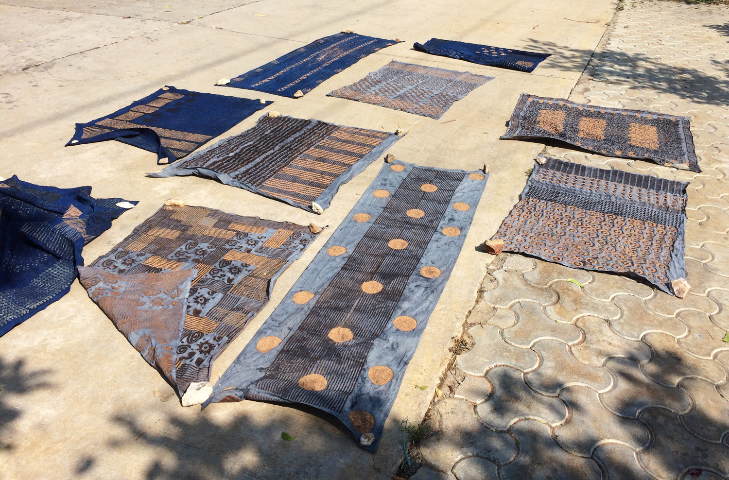 Indigo Dyeing with block printed mud resist - samanthasews blog