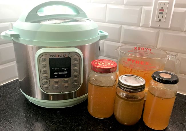 how to make veggie broth from vegetable scraps instant pot