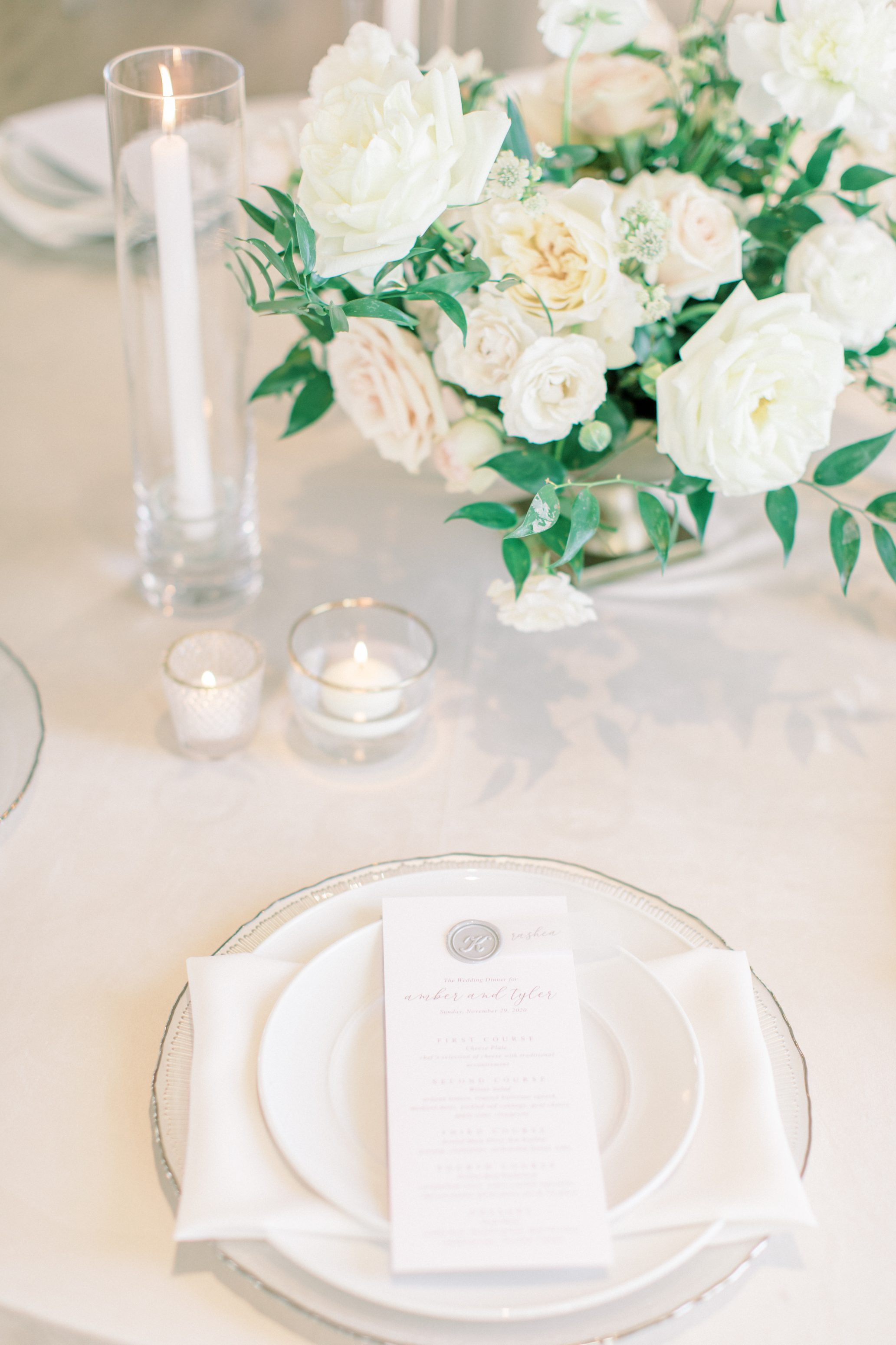 Table-setting at a wedding at the Cottonwood Hotel