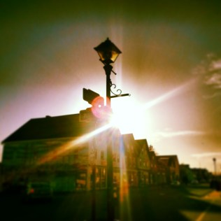 Sunlight and a lamp post. Instagram filter.