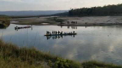 सौराहामा सरर: Have your ever been to Sauraha, Chitawan?If no,…