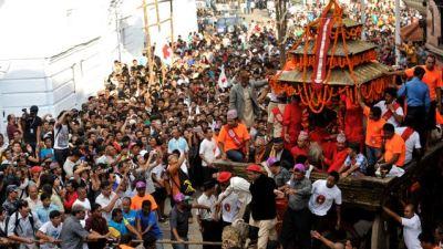 भक्तपुरमा यमःद्यो ठड्याउँदै इन्द्रजात्रा आजदेखि सुरु
