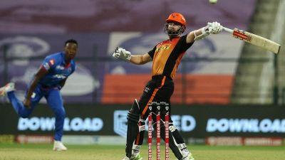 दिल्ली क्यापिटल्स आइपीएल क्रिकेटको इतिहासमा पहिलाे पटक फाइनल प्रवेश