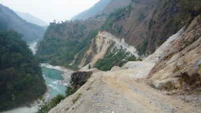 मानवीय दोहनले कालीगण्डकी नदी सङ्कटमा