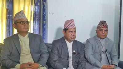 कर्णाली प्रदेश सरकारका एमालेका तीन मन्त्रीले राजीनामा दिए