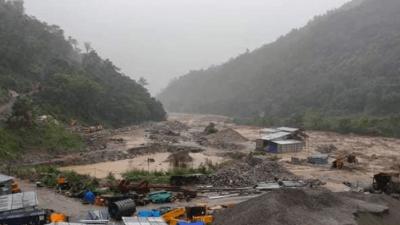 चार जलविद्युत् आयोजनामा क्षति पुग्दा करोडौँको नोक्सानी