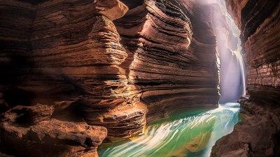 के हो महादेव बुक्टोअर्थात् सत्यश्वर गुफा