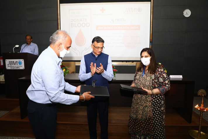 JBM Group signs MoU with Indian Red Cross Society toorganise over 25 Blood Donation Camps across India