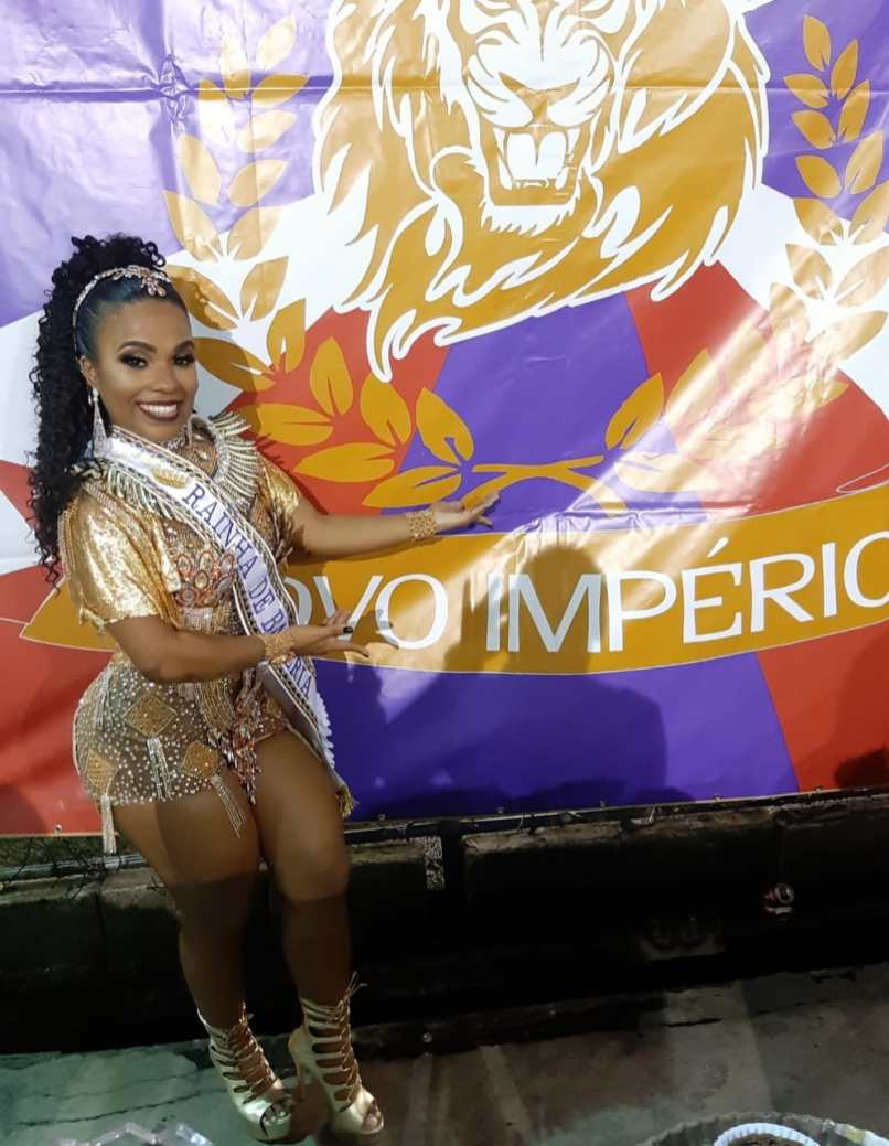Caroline Lima (2)