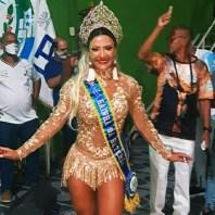 Patrícia Coroada (2)