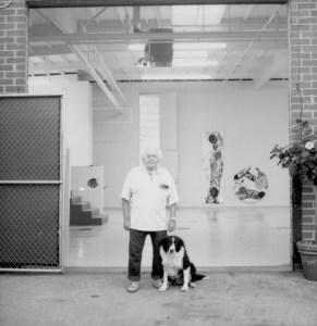 Francis in Venice studio, California. (Photo by Meibao D. Nee.)