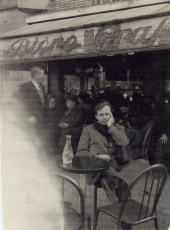 Francis at a Paris café.
