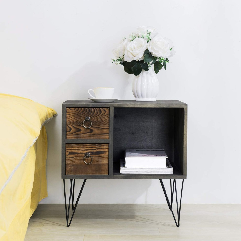 Best Natural Wood Nightstand for Your Home Decor