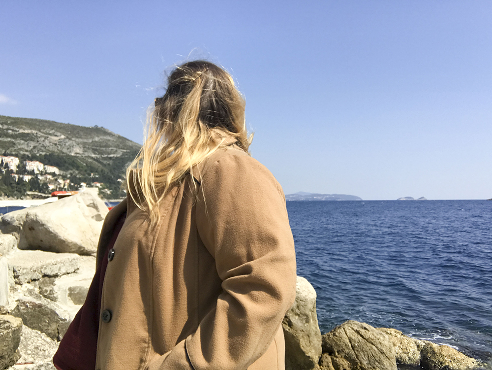 How to get incredible photos of yourself while traveling solo in Dubrovnik, Croatia!