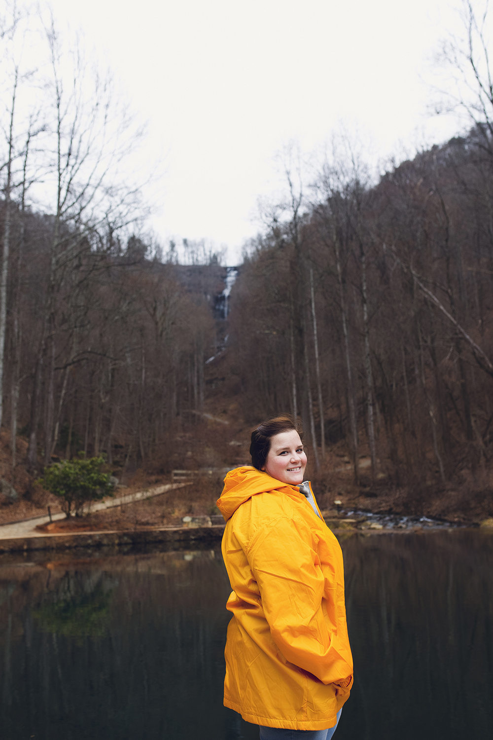 Visiting the tallest waterfall in Georgia at Amicalola Falls in Dawsonville, Georgia