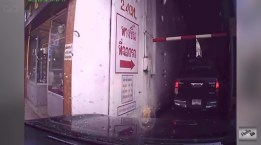 วนรถในลานจอดรถ