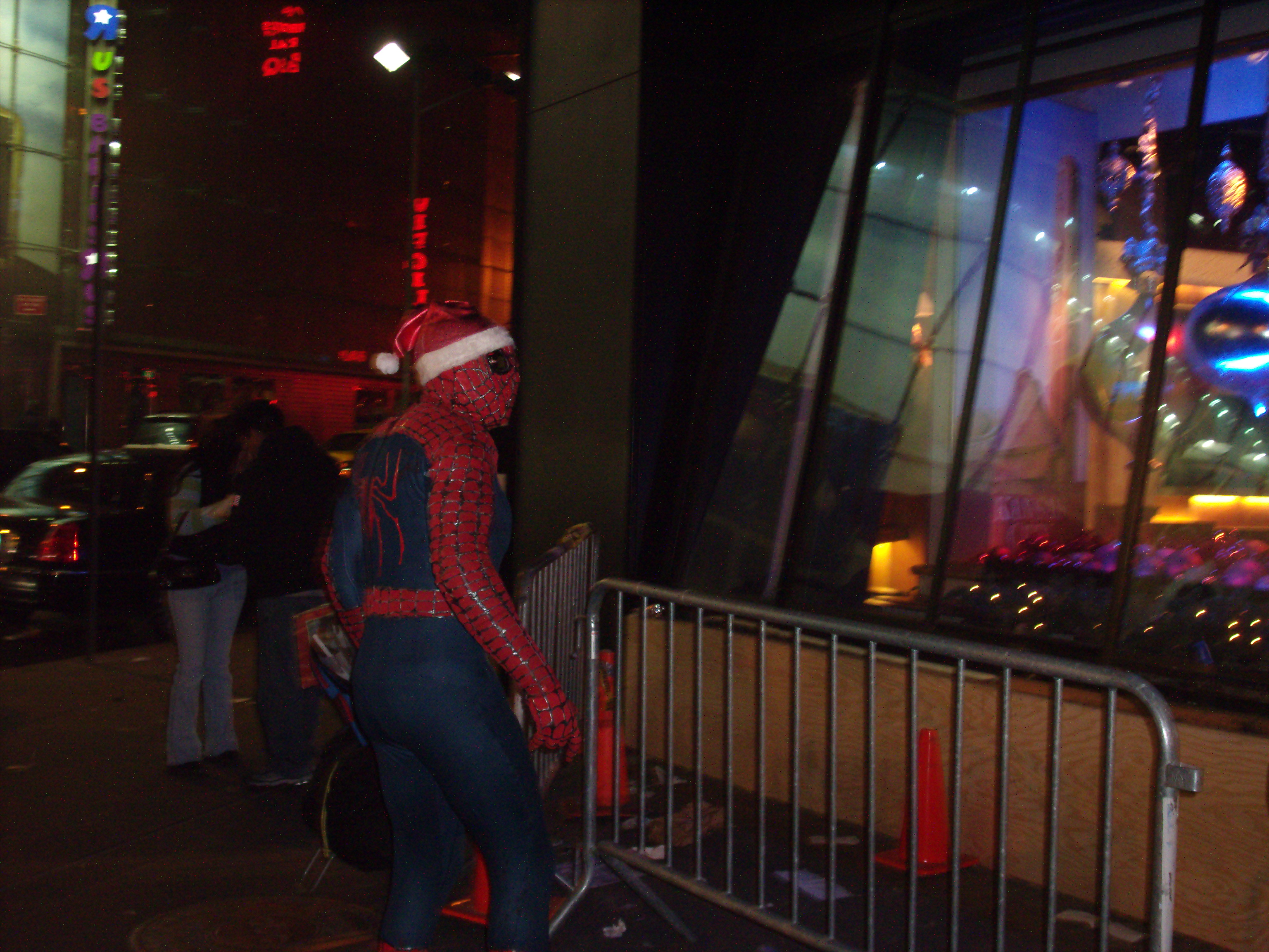 spiderman-in-time-square