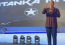 Video: Safo Kantanka manufactures a car for President Nana Addo